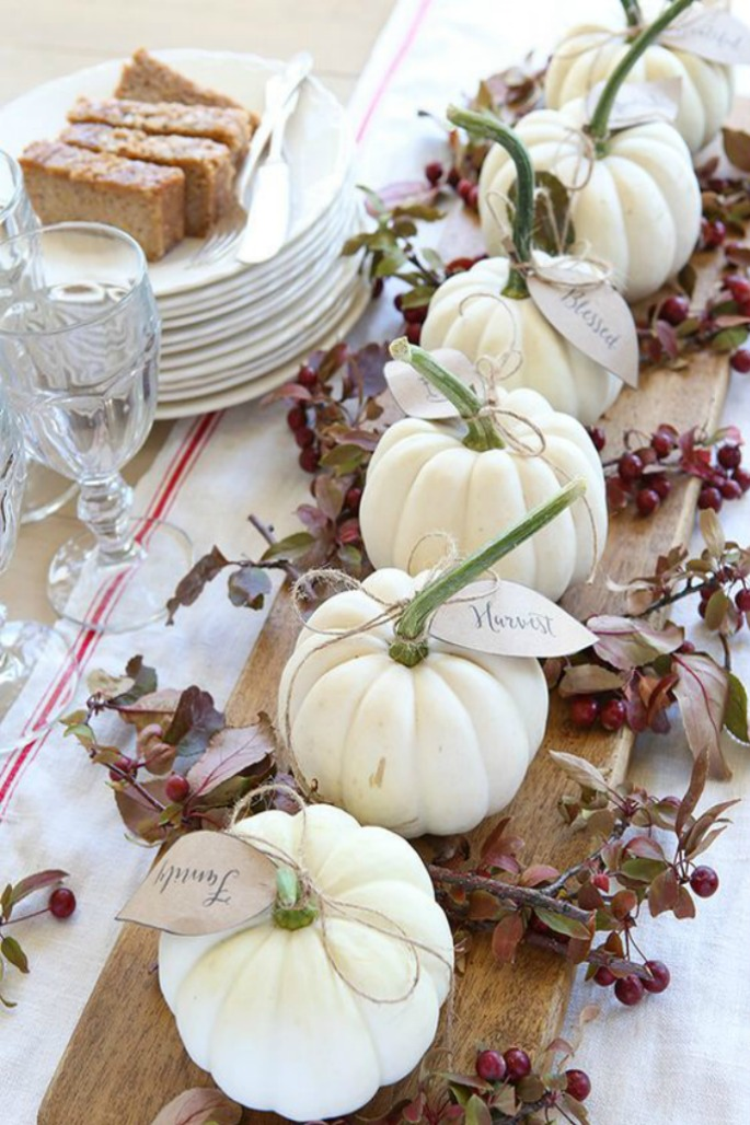 Thanksgiving Home Decor Ideas - Pumpkin Centrepiece